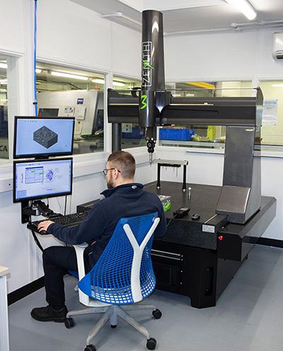 Máquina tridimensional Zenith 3 en knorr-bremse-cmm.jpg