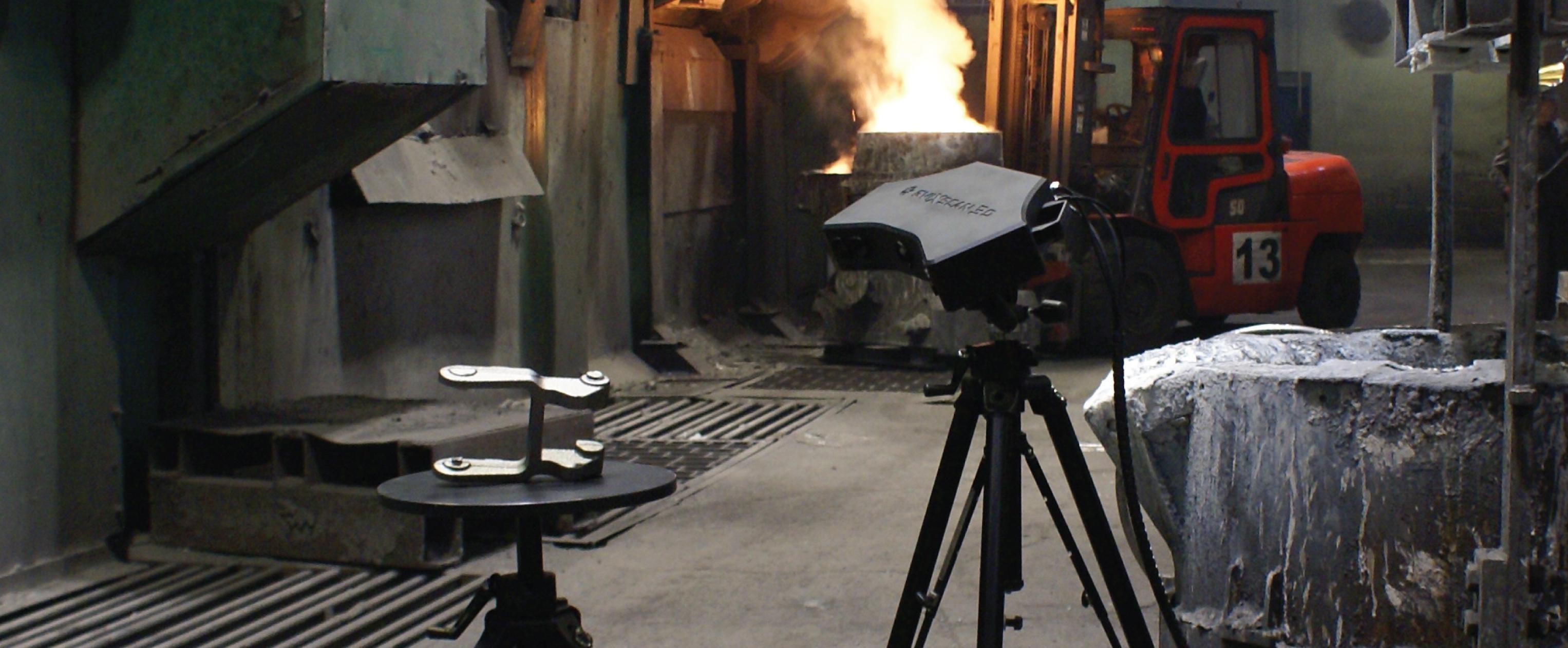 Escaner 3D midiendo piezas de fundición.